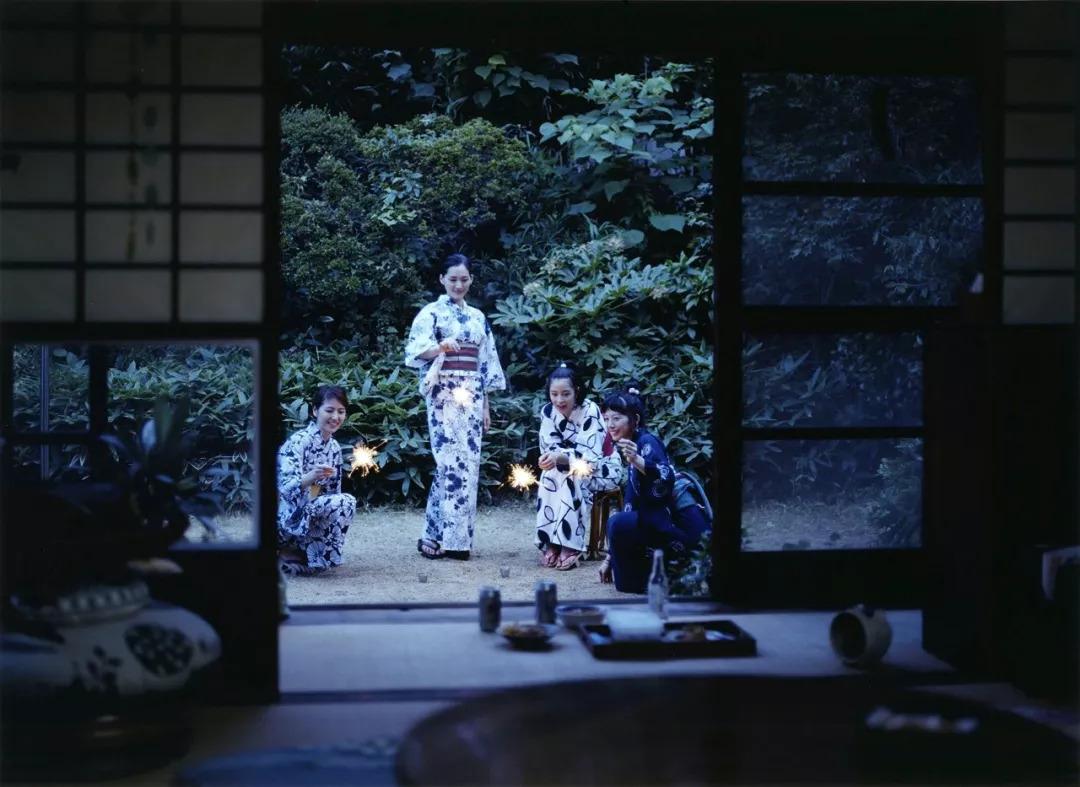 黄璐:跟电影一起,迷失在东京的街巷里