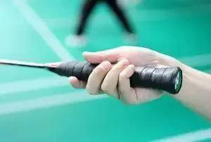 献给入门的你:快拿起球拍学习羽球入门技术