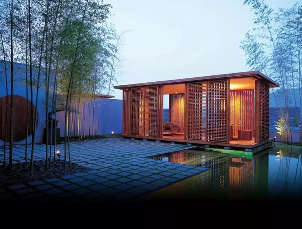 青岛安缦酒店_正文  位于伊势志摩国家公园的安缦伊沐是日本境内的第一家安缦酒店