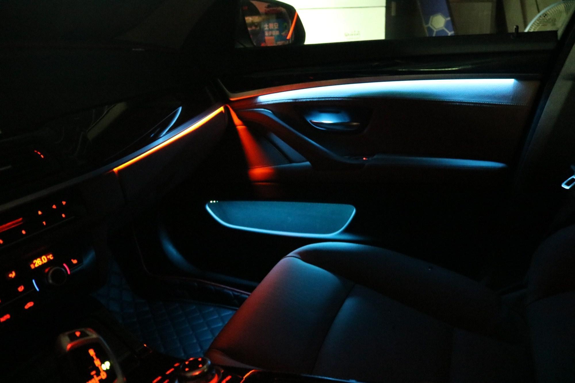 源科灯珠造的汽车氛围灯打造不一样的驾乘环境,给你不一样的体验
