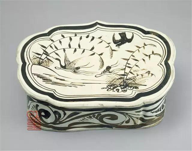独特的黑白瓷器出自河北高古磁州窑