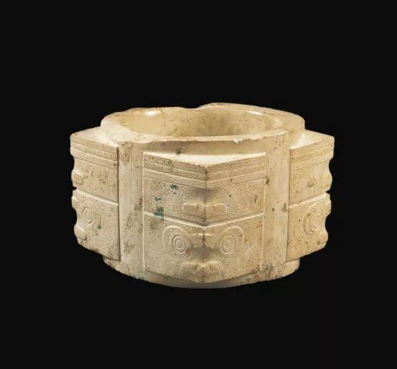 新石器时代良渚文化人面兽面组合纹玉琮