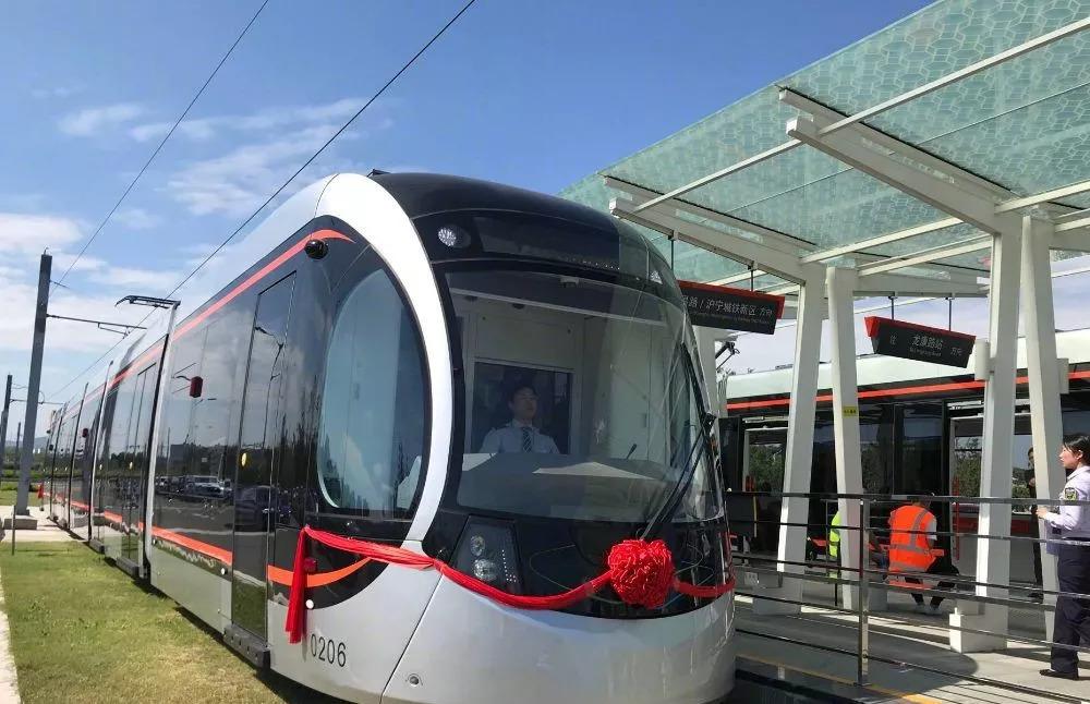 苏州有轨电车2号线开通啦图片