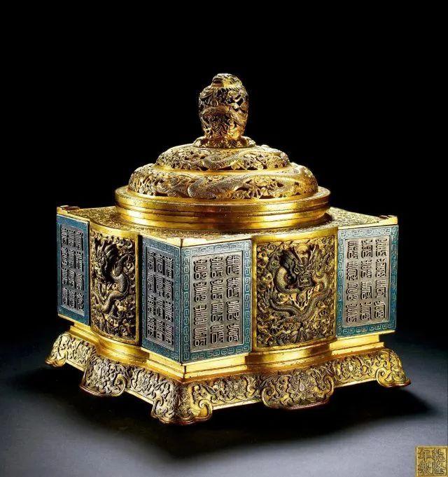 清乾隆 铜鎏金银珐琅琮式香熏