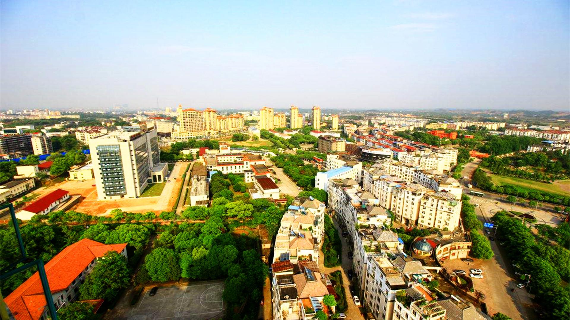江西第二小市,比萍乡还小,相当于0.2个九江,名气可敌南昌