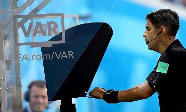 欧足联主席:欧冠下赛季将启用VAR欧超杯首秀