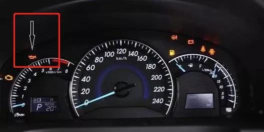 机油压力报警灯闪亮与什么因素有关?