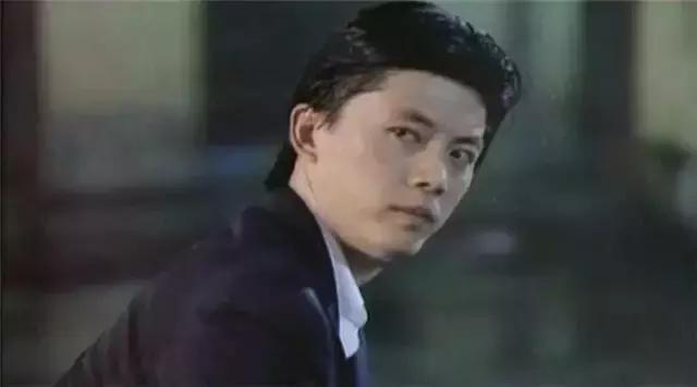 演员王霄_1989年的刘德华有多厉害?一年拍了16部电影,五部和王晶有关 ...