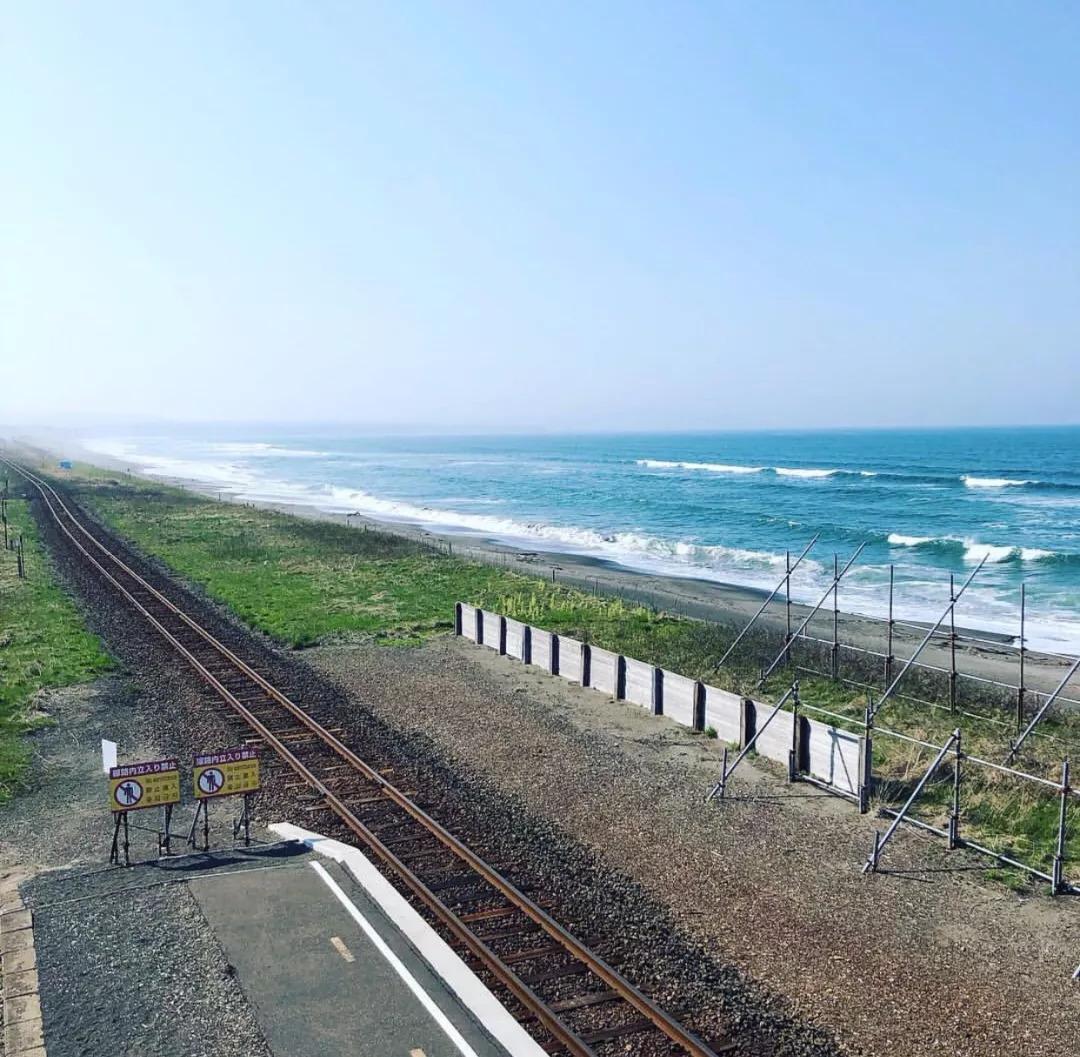 今夏想和你,打卡这些车站,去看日本最美的海