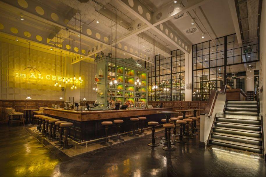 全球最值得一去的酒吧:中国有两家上榜 微博热搜 图12