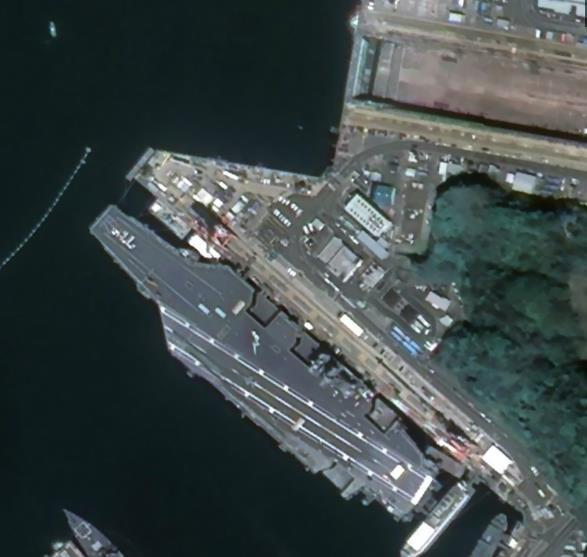 中国商业卫星拍到美军港航母高清照片