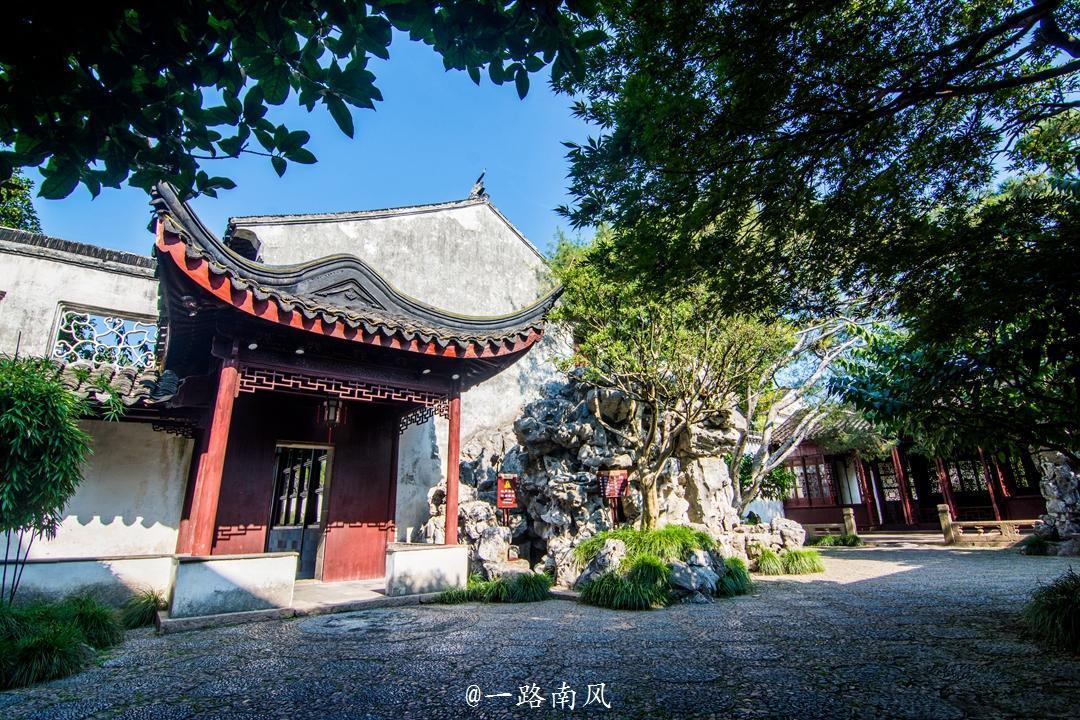 苏州有个冷门园林,面积不大,夜票价格却比北京故宫贵40元!