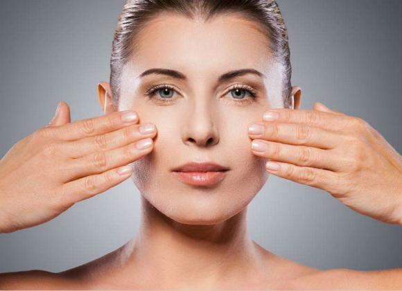 为什么你的肌肤会出现各种问题,用再贵的化妆品也无济于事?