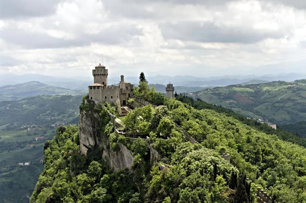 中国护照免签/落地签最新大全,又添5个新目的地,十一长假就去缅甸坐热气球