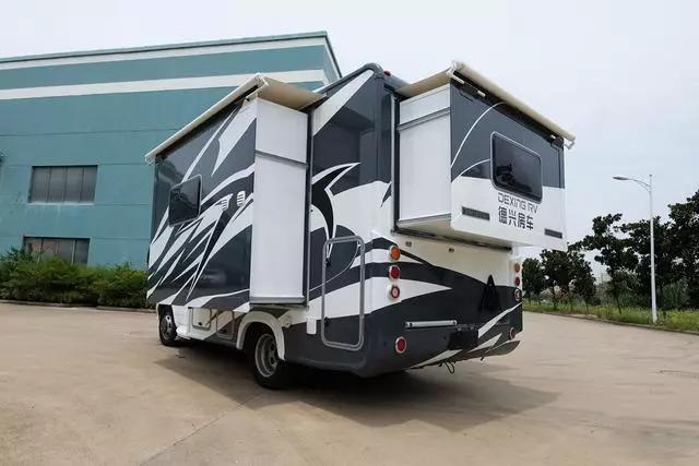 新款房车国产18万_打造两款(无拓展,双拓展)新一代国产依维柯自动挡房车.