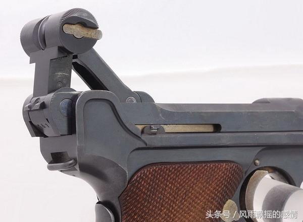 后仓击锤_击发时的后击锤,不仅外形很容易识别,射击时的机械动作也很有个性.