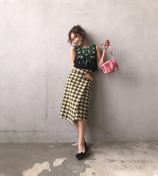 年过30、离婚带娃照样美若少女!日本模特&演员纱荣子私服合辑:157女孩的时髦穿搭学她就对了!