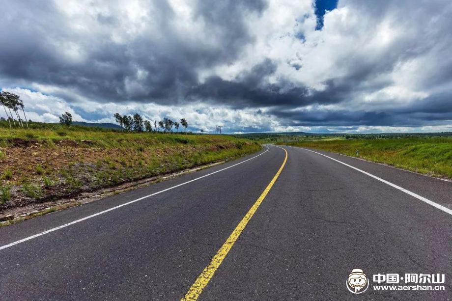蘑菇气至阿尔山(蘑阿公路) 沿途风景无限