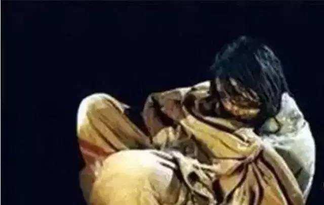 沉睡了500多年的少女:世界上最为完整的木乃伊,头发依旧乌黑