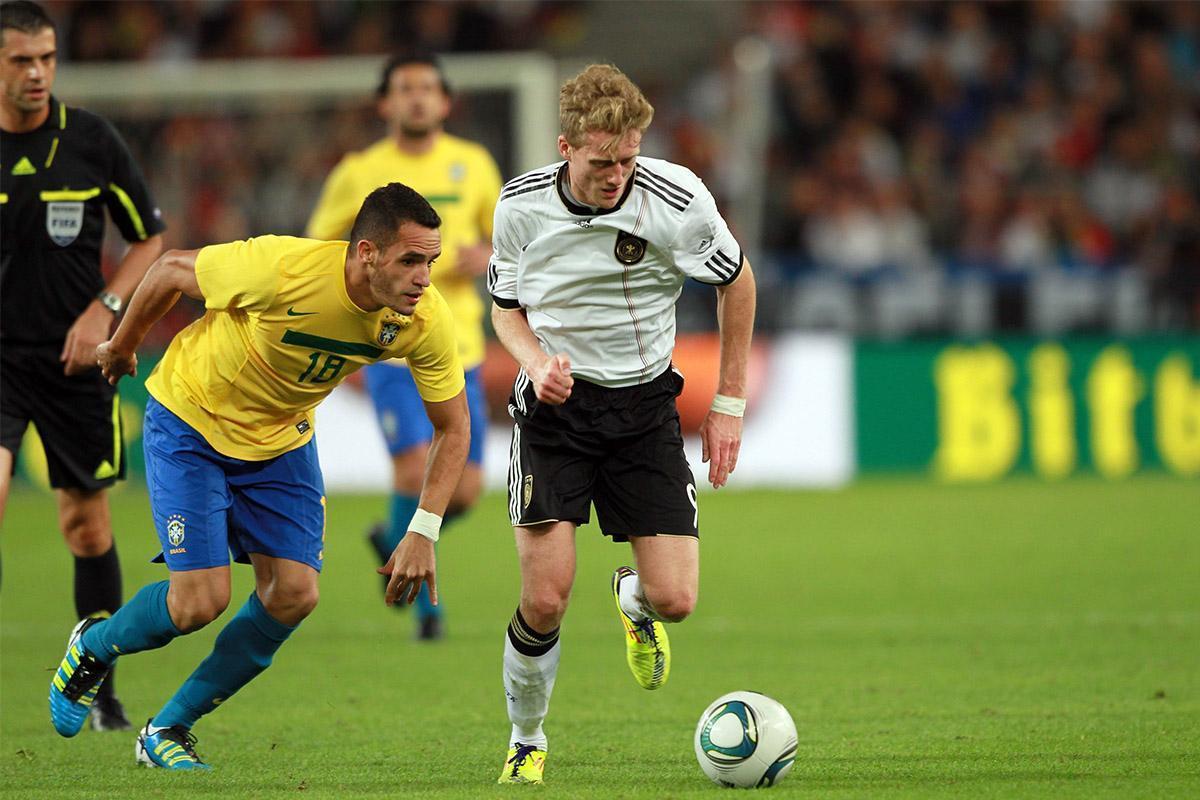 为奥古留着!巴西国家队8号球衣并未给他人 暴力