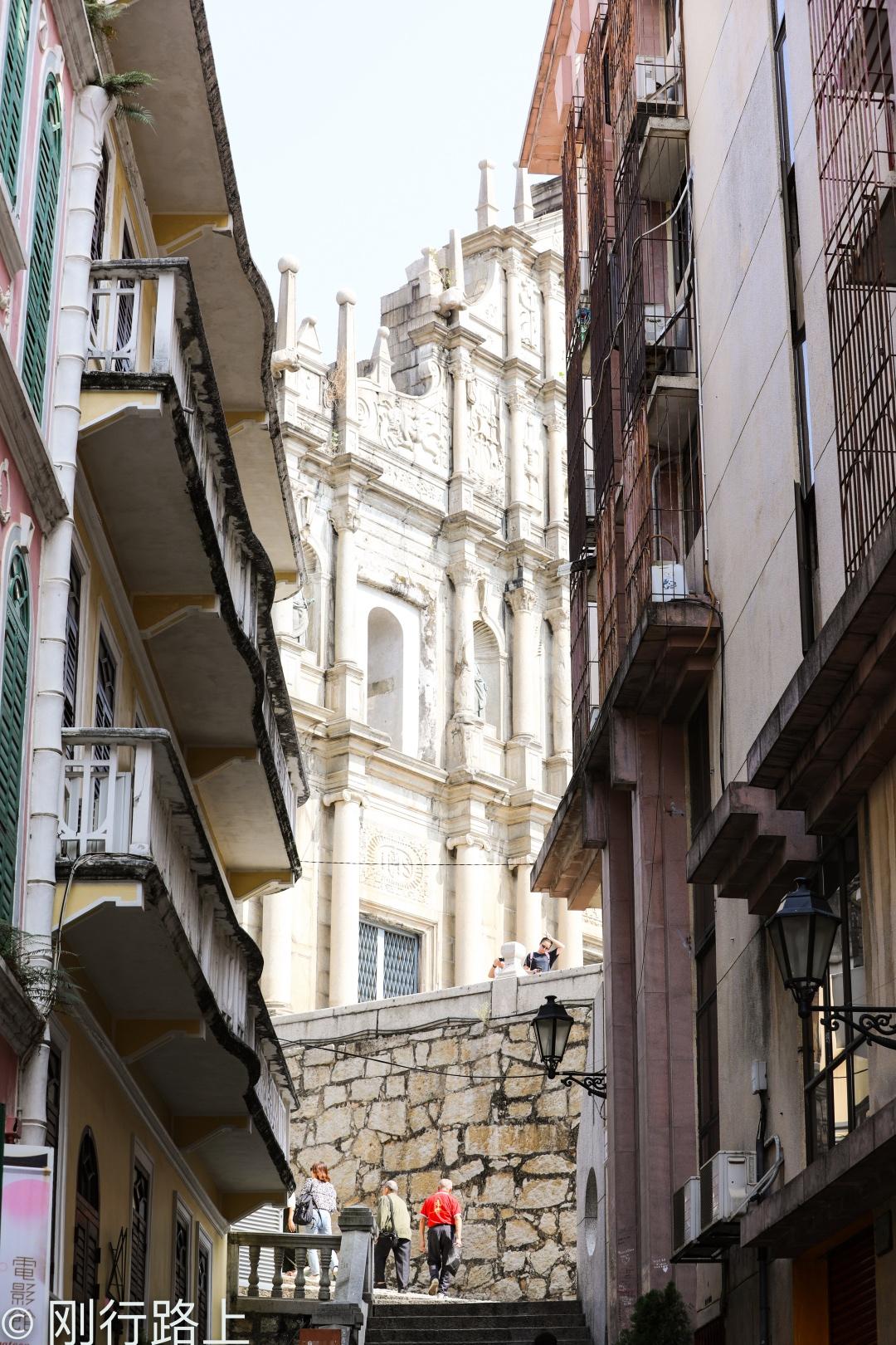 澳門這個巷子里電影《伊麗莎白》在此取景,據稱這是最浪漫的地方