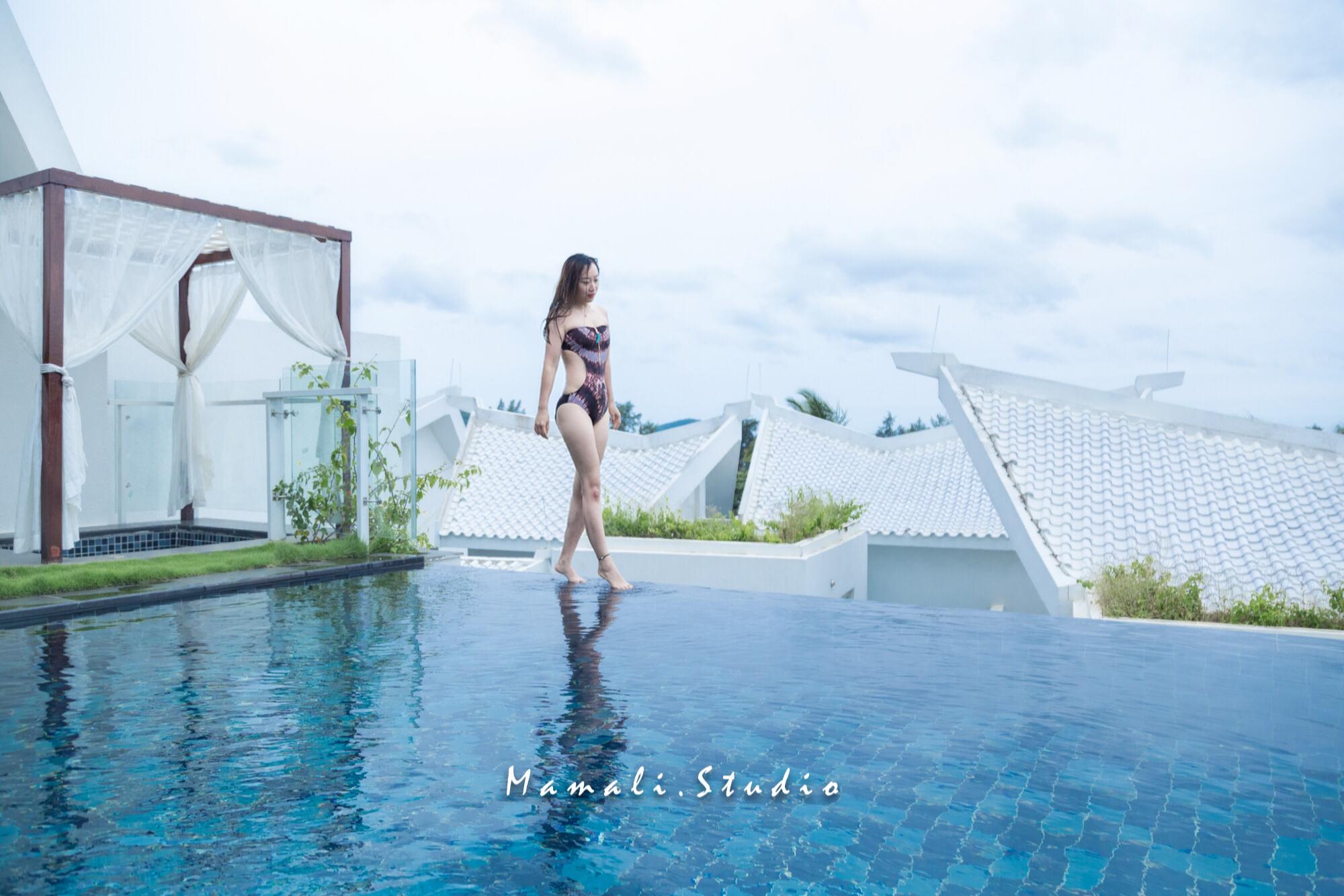 打卡三亚高颜值别墅酒店,轻奢纯白屋顶,露天无边泳池,尽显高段位玩法