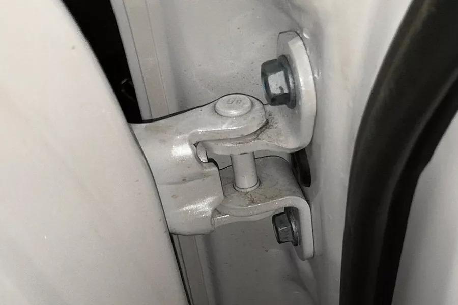 车内甲醛如何?雷克萨斯NX内饰拆解分析