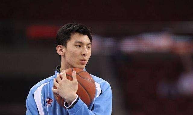 北京男篮遭重击!曾挑衅麦蒂之人因伤休战一年 恐就此一蹶不振