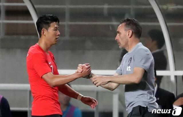 德国夺冠 热身赛-韩国2-0胜哥斯达黎加 保罗本托迎开门红