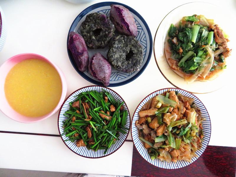 70岁的婆婆来我家,做了3菜1主食的午餐,营养好吃又健康!