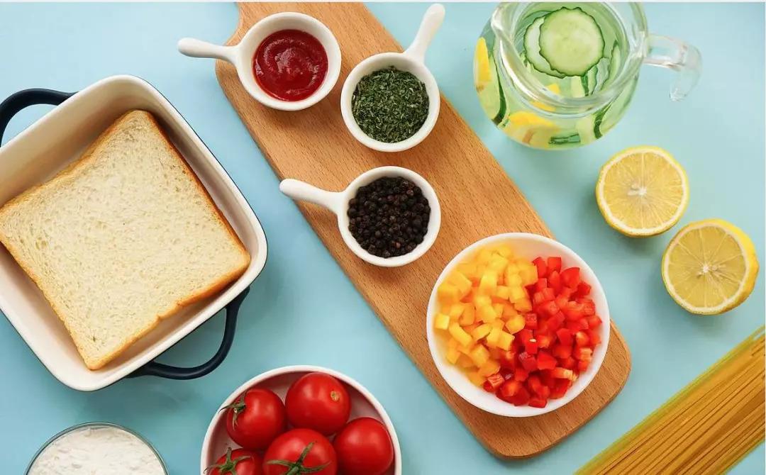 蜗牛面包幼儿园第二周营养健康食谱小食谱国际图片