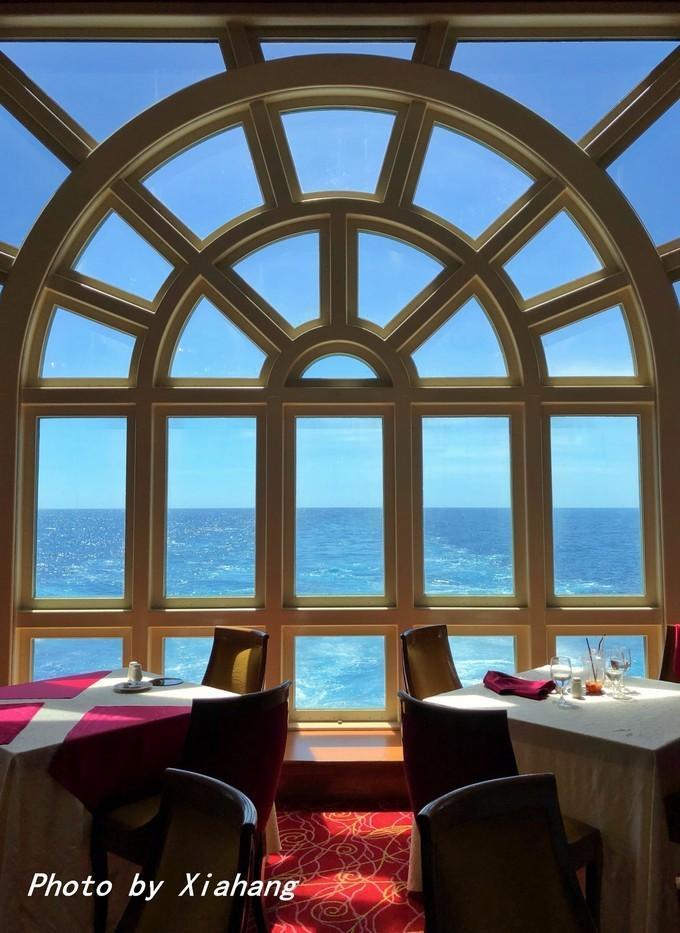 海上的移动度假城堡,免费的美食好吃吗?