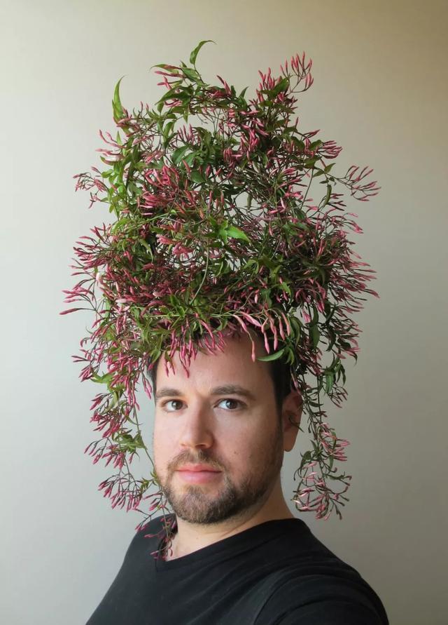 日本人造人体艺术图片_时尚 正文  艺术gregory euclide利用植物,人造材料与绘画融合的方式