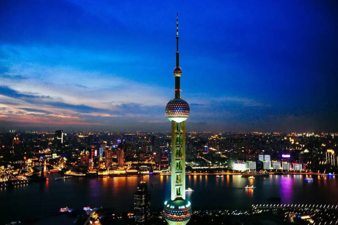 东方明珠广播电视塔介绍图片