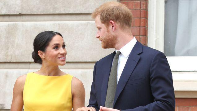 梅根好莱坞《西装》的合作演员是如何知道她和哈里王子是认真的