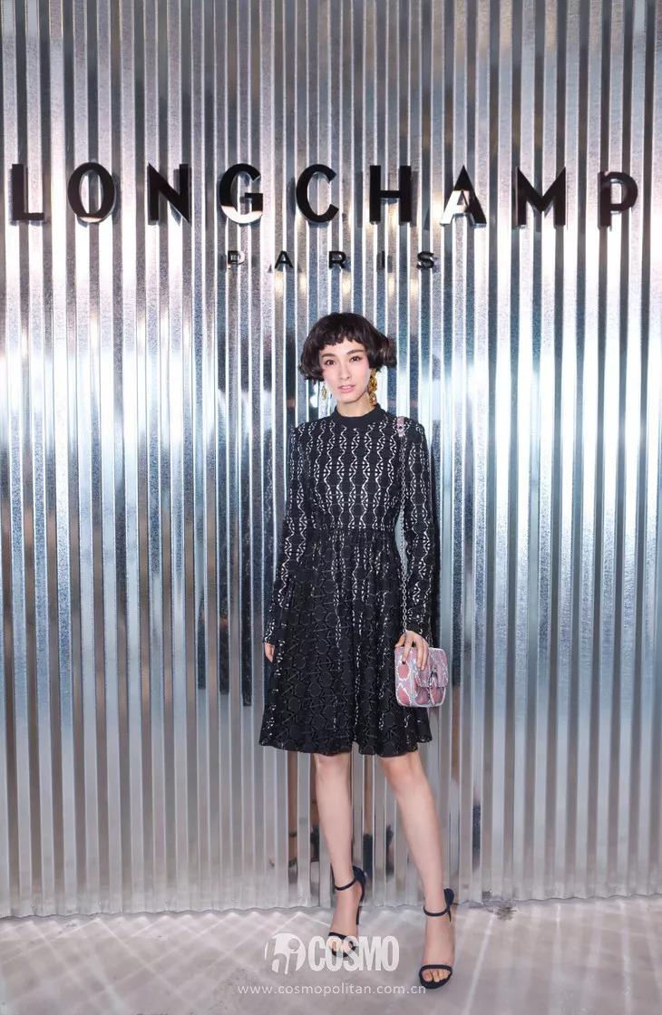 T型台 | Longchamp饺子包人手一只?那新一季的流苏裙必须人手一件