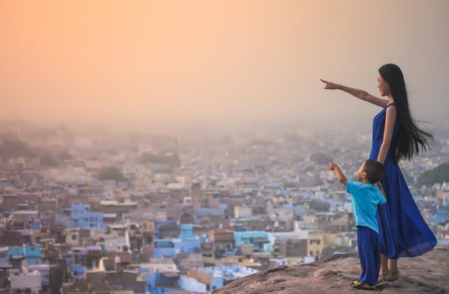 印度姑娘回国后坦言:上个厕所那么麻烦,就不能向中国学习吗?