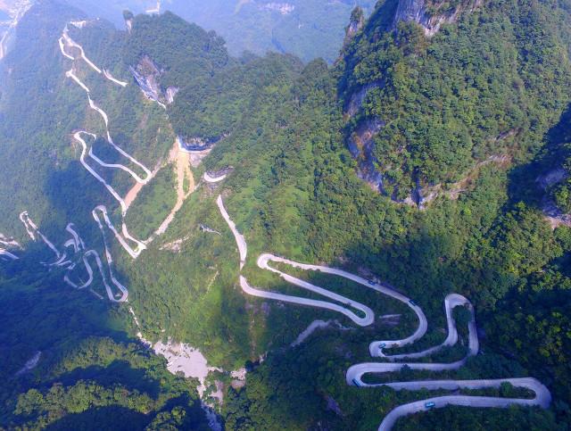 14条世界级最惊险的路,却藏着99%的人不曾见过的美景!你敢挑战吗?