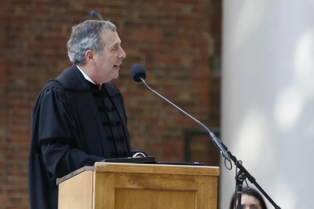 哈佛新校长开学演讲:大学四年,21000小时,你要做好这几件事……