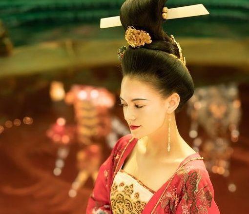 杨贵妃为什么没被册封为皇后