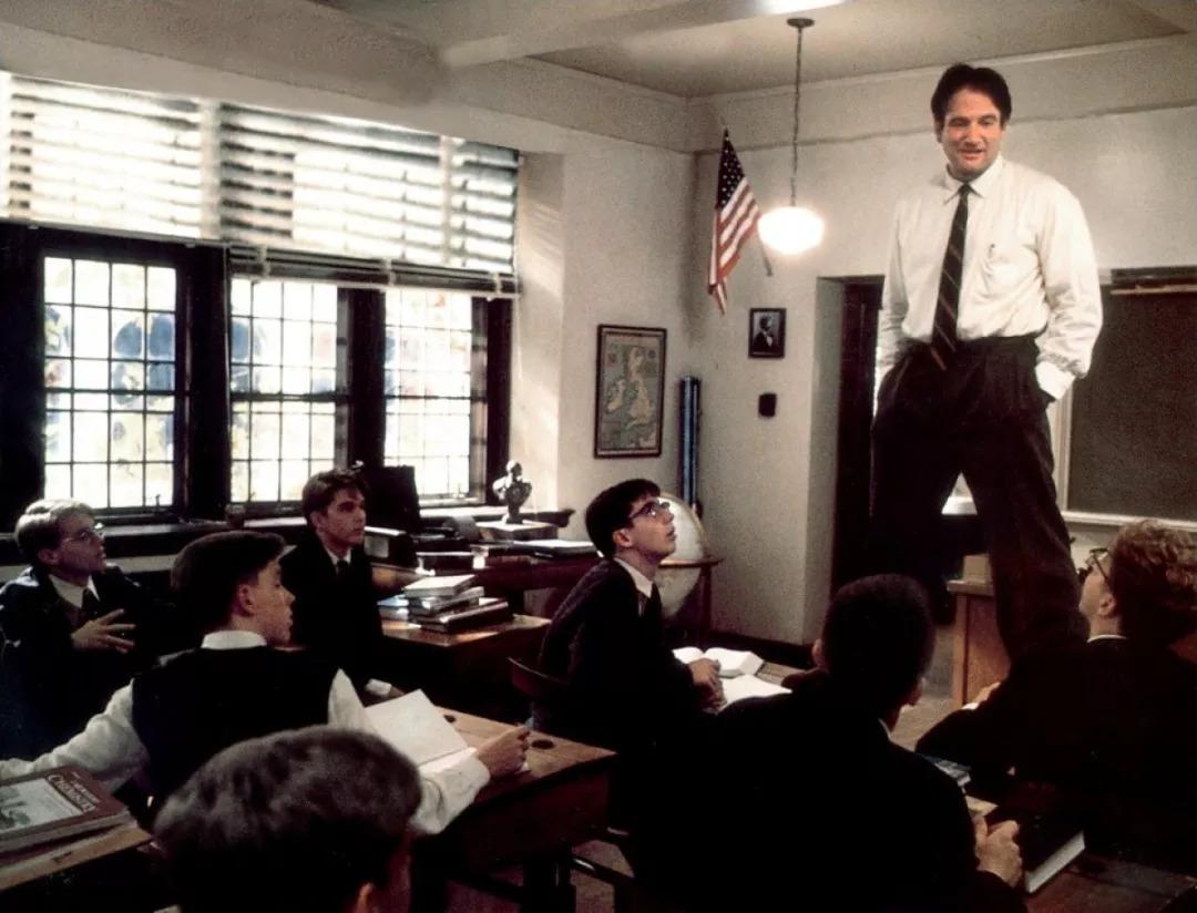 """""""考了全班倒数第一,老师还邀请我当课代表"""""""
