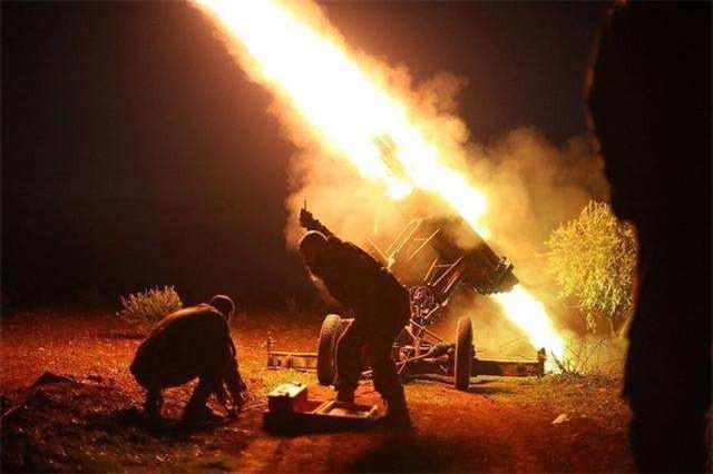 俄罗斯深夜打响终极之战,美国一夜回到解放前?