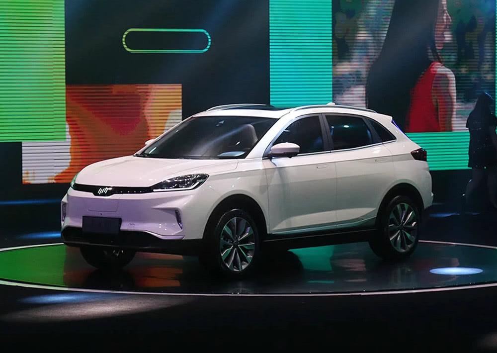 沃尔沃副总裁打造的纯电SUV,充一次电跑600公里,卖11万