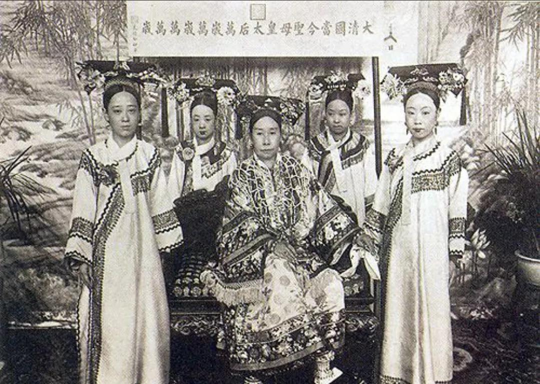 宫斗戏&被宫斗戏骗了这么多年,才知道真实的清朝妃嫔居然长这样!