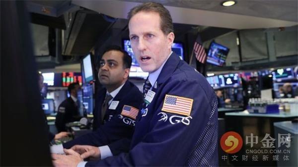 美股收跌纳指创三月以来最大单周跌幅 分析师称非农强劲提振美联储加息预期