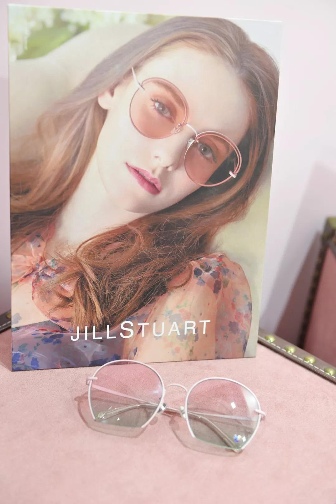 【看过来】确认过眼神,这波镜架新品将会为你的魅力加分!(真相入内)