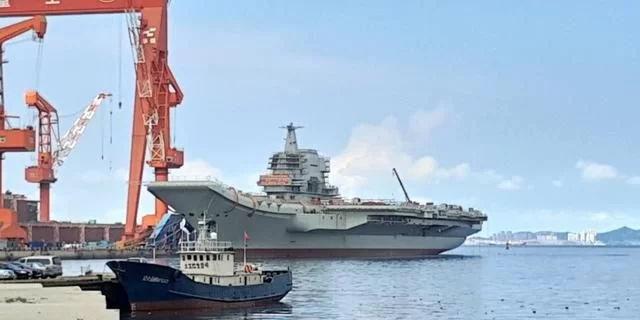美专家说中国新型航母可与世界大国的相媲美,全球航母要重新排名