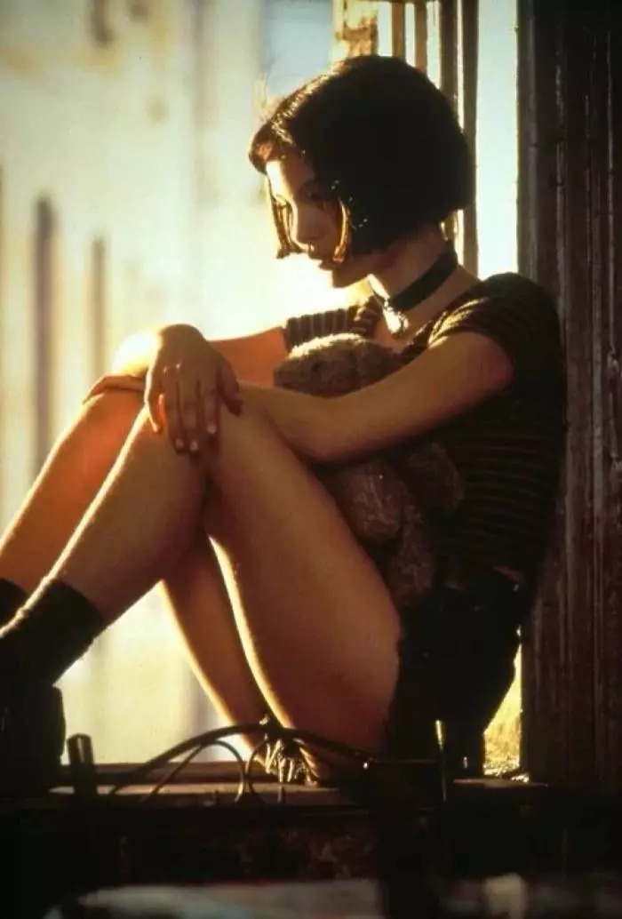 1994年电影《这个杀手不太冷》中娜塔莉·波特曼饰演的叛逆少女玛