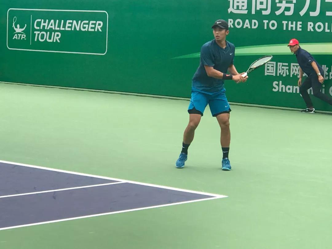 网球 18
