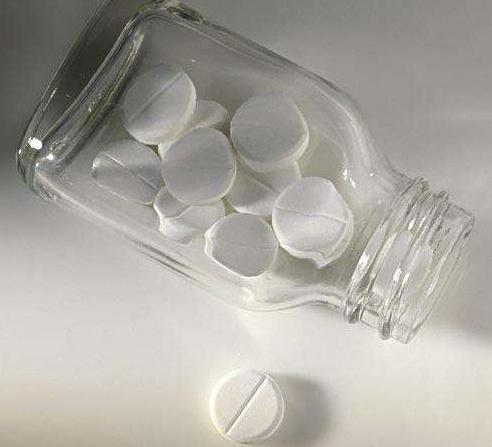 祛斑不再愁,皮肤科主任不慎透露:阿司匹林配它敷脸肌肤白嫩光滑